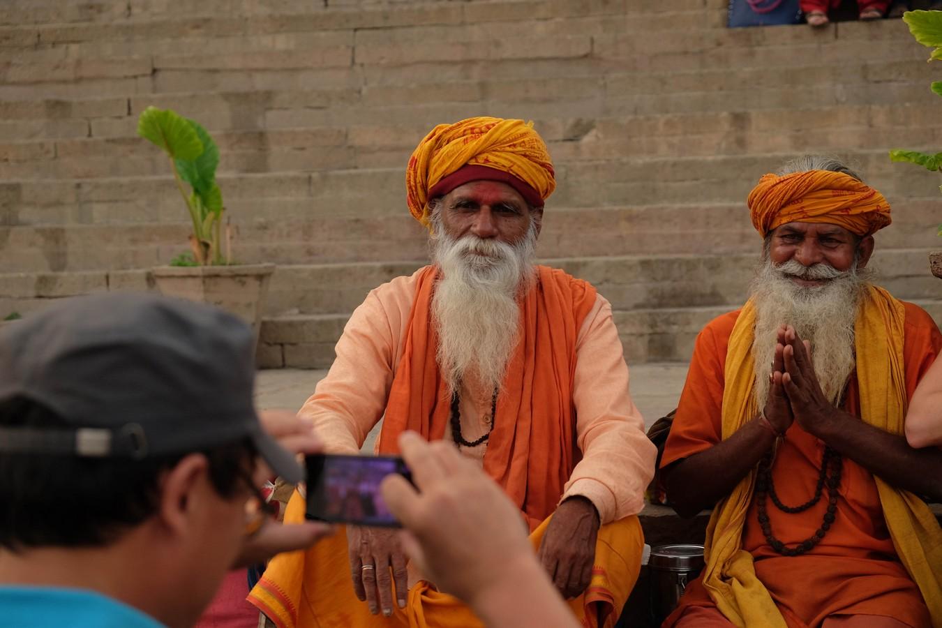 Sadhu de Varanasi ou attrape touriste