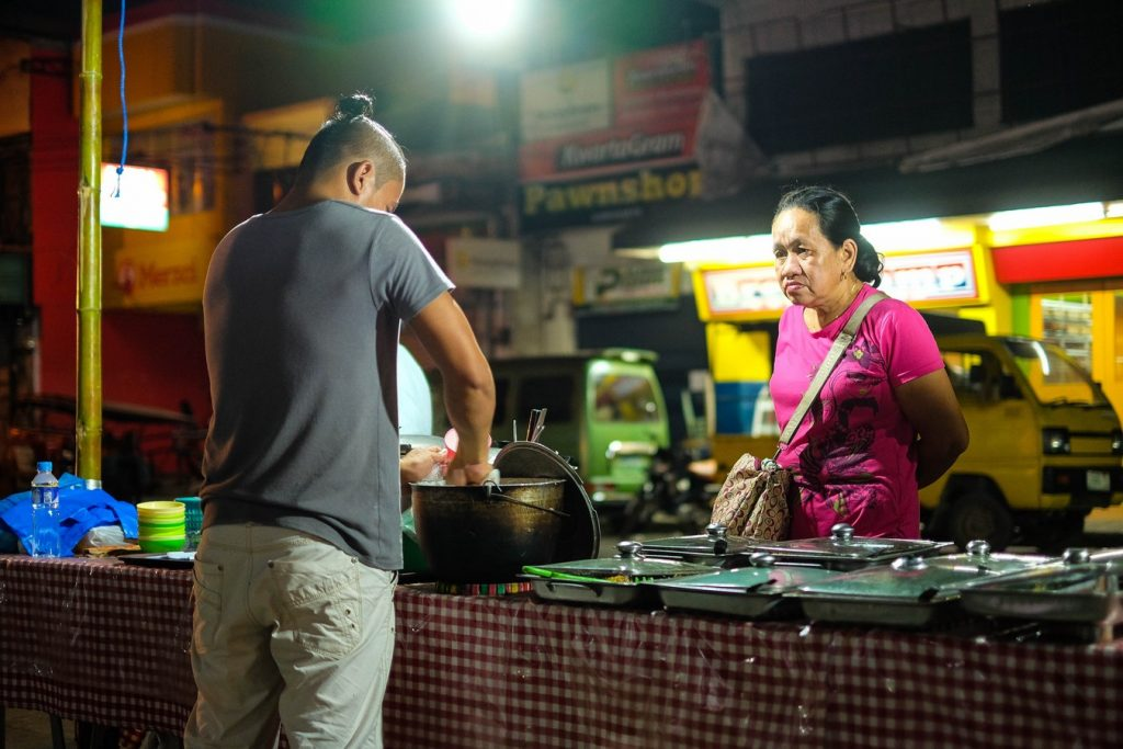 Stand de street food aux Philippines