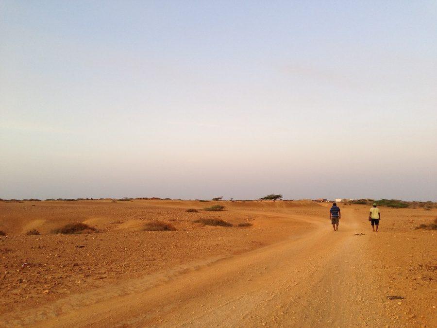 Une piste dans le désert de la Guajira à Punta Gallinas en Colombie.