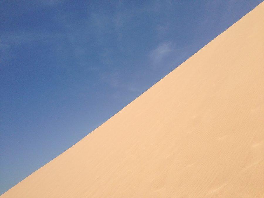 Les dunes de Taroa à Punta Gallinas dans le désert de la Guajira en Colombie : du sable et du ciel