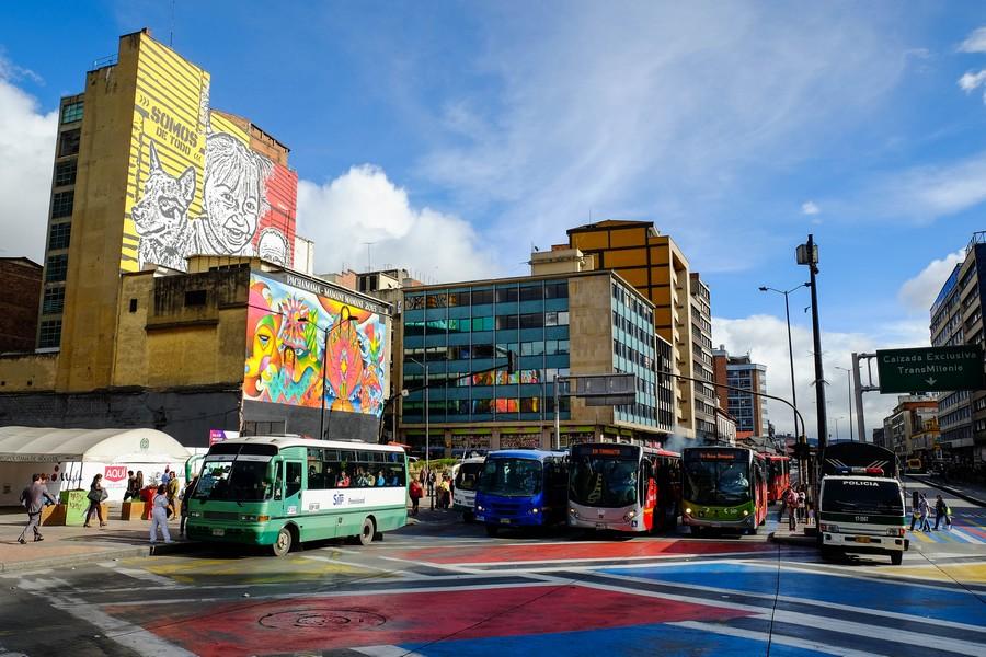 Les transports, une plaie de toute visite à Bogota.