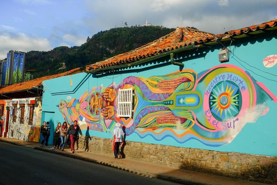 Les superbes graffitis de la Candelaria, à Bogota