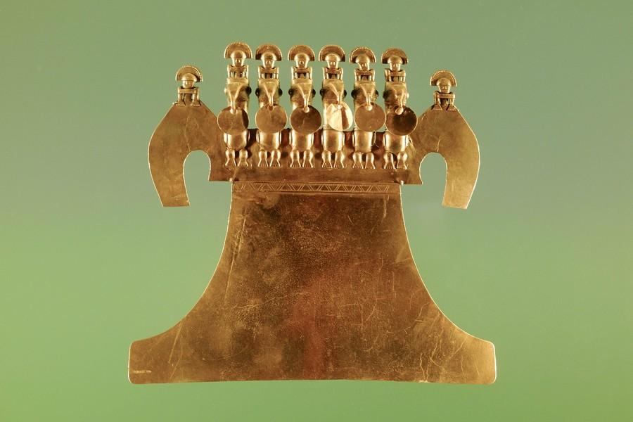 Statuette en or représentant des caciques au musée de l'or de Bogota