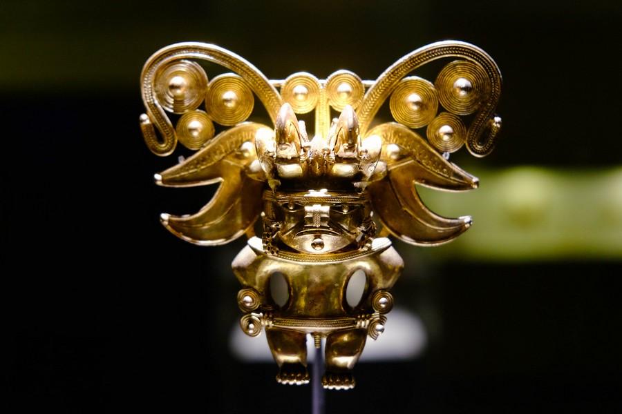 Statuette en or représentant un homme chauve-souris au musée de l'or, un incontournable de toute visite à Bogota.
