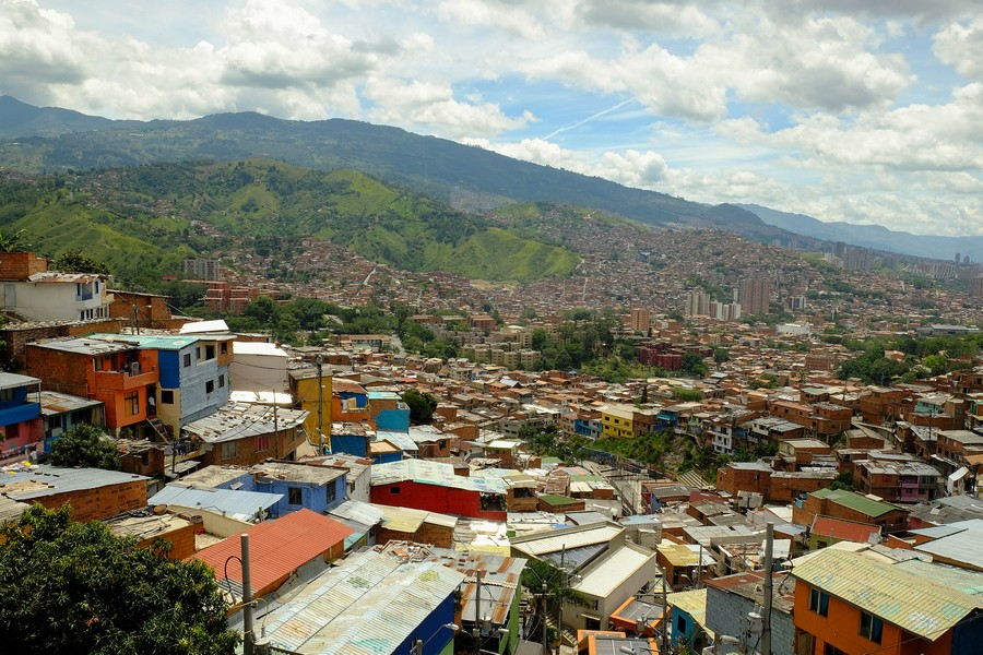 Le quartier coloré de San Javier, Medellin, Colombie