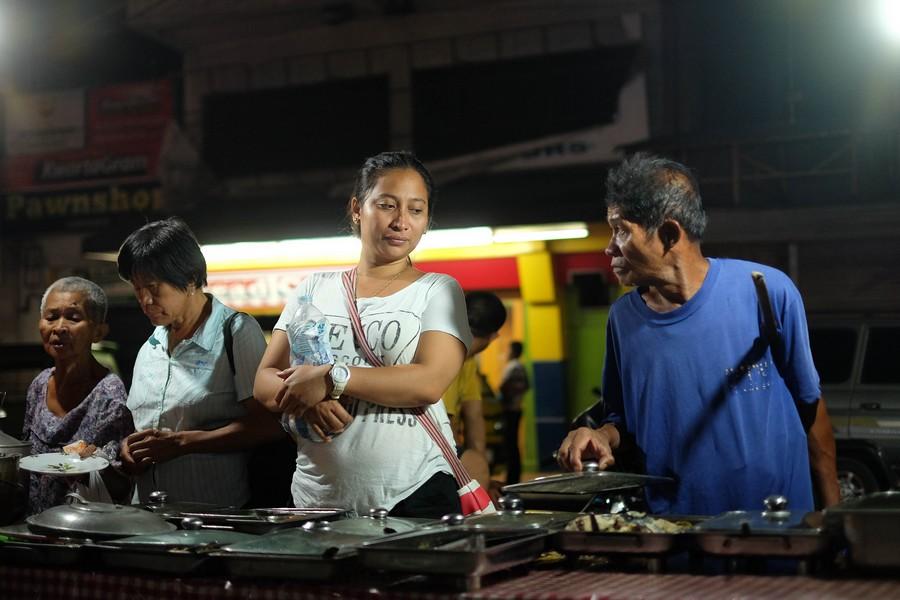 Stand de street food Philippin.