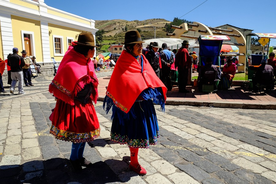 costume-traditionnel-equateur-chimborazo