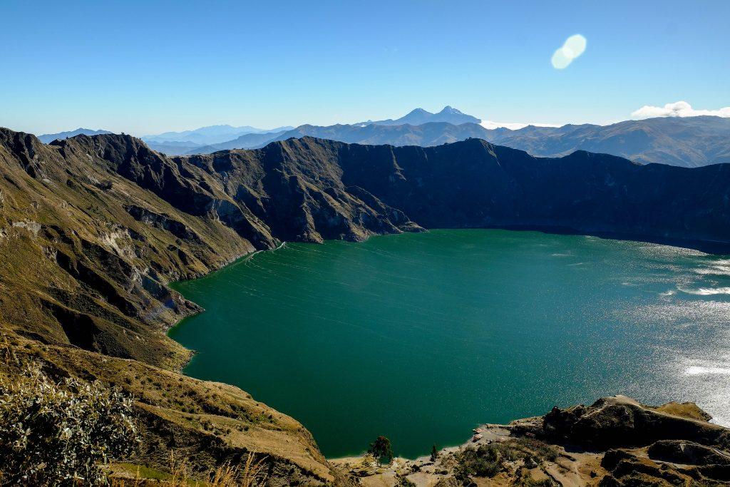 Lagune du cratère du volcan Quilotoa