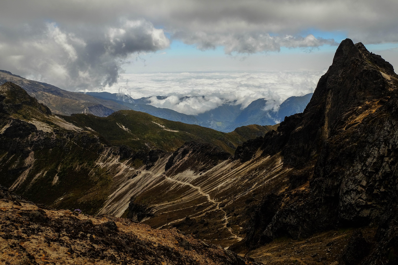 Le Pichincha et sa mer de nuages