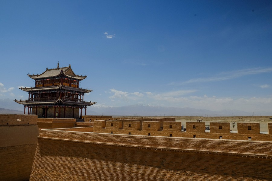 Pagode dans la forteresse de Jiayuguan, Chine.