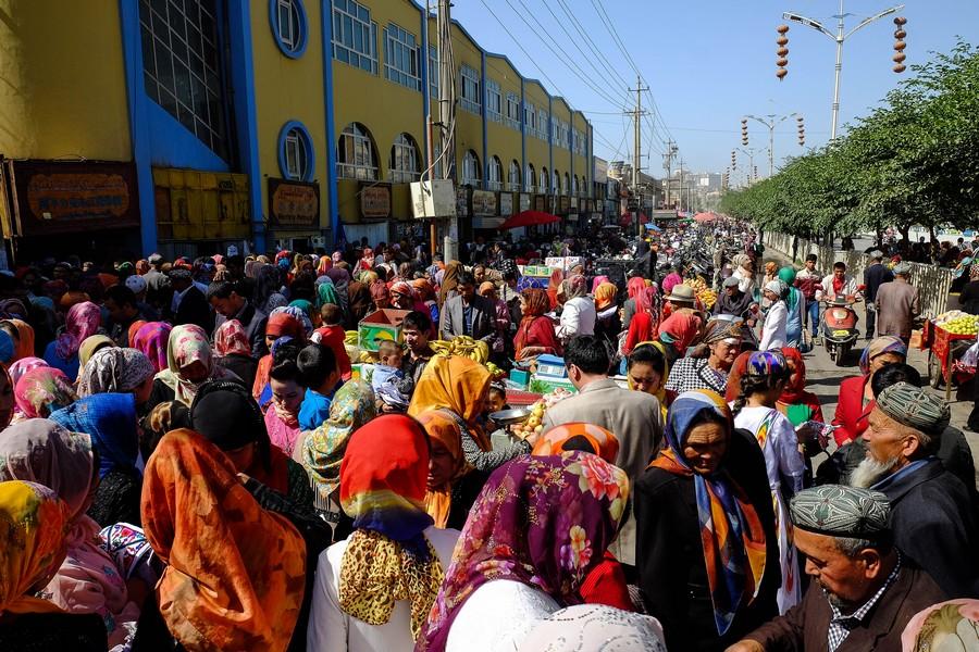 Le marché ouïghour de Kashgar, Chine.