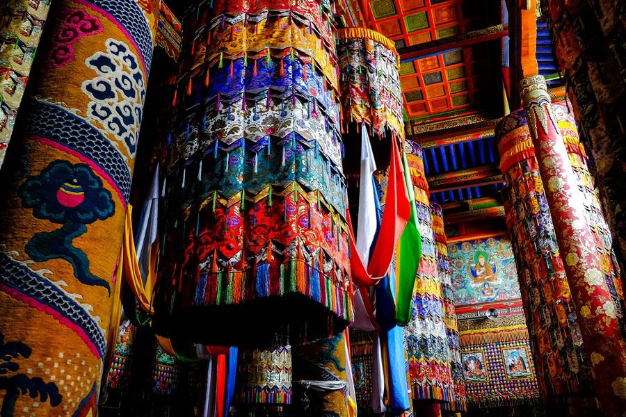 Dans l'intimité du monastère de Lonwu, Tongren, en Chine.