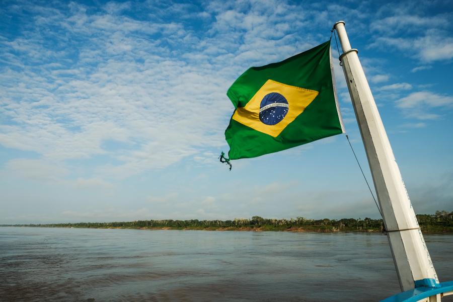 Dépenser moins en voyage, c'est aussi sortir des sentiers battus, comme en allant en Amazonie.