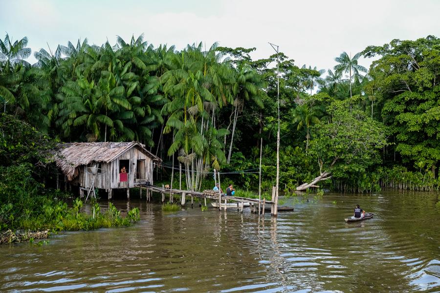 Maison traditionnelle d'Amazonie au Brésil.