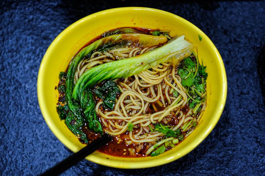 Bol de nouilles chinois à Jiayuguan.