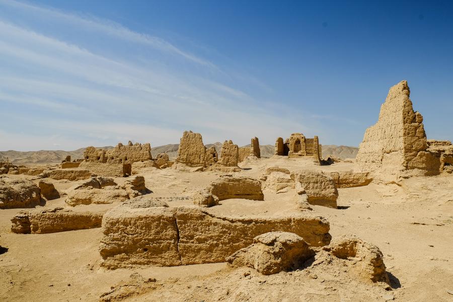 Ruines de la cité de Jiahoe, près de Turpan, Xinjiang, Chine.