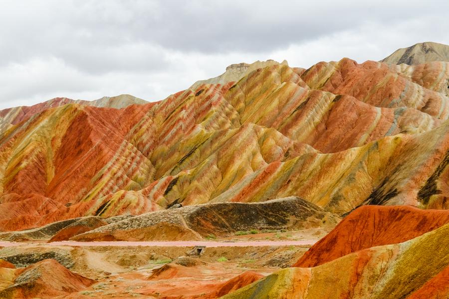 Les montagnes colorées (rainbow mountains) de Zhangye Danxia, Gansu, en Chine.