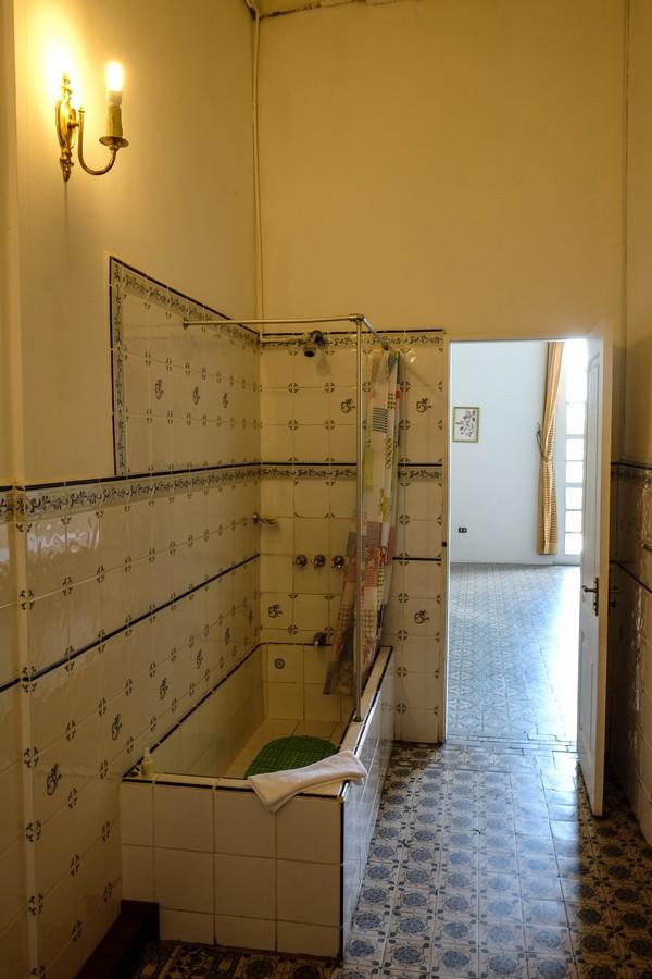 Salle de bain de la Casa Morey, Iquitos, Pérou.