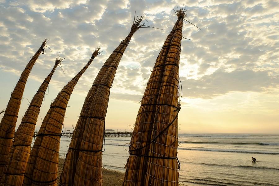Les barques de paille des pecheurs de Huanchaco