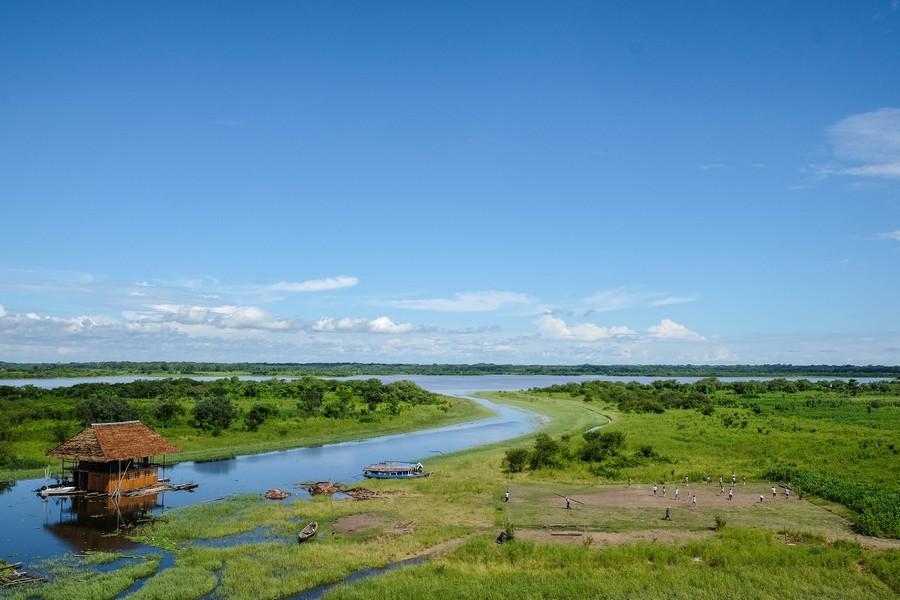 Vue depuis le Malecon d'Iquitos, Pérou.