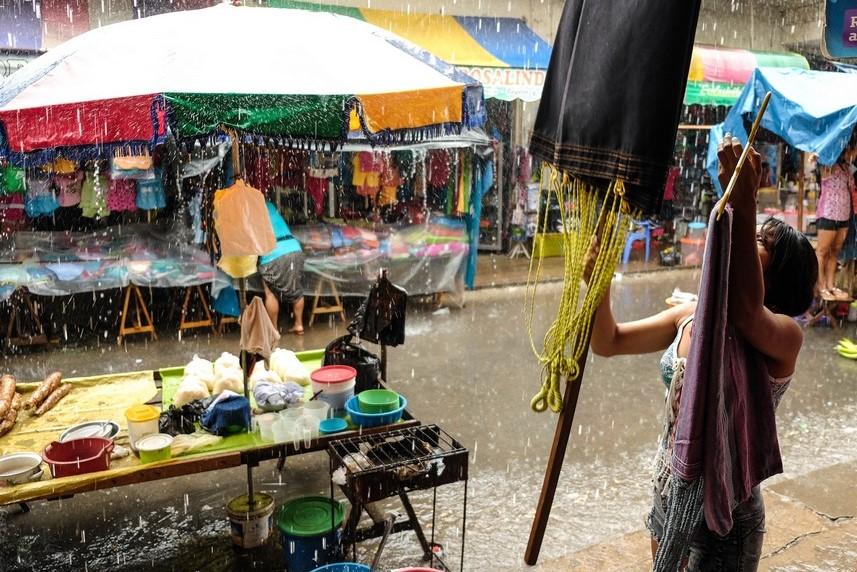 Averse amazonienne quotidienne sur Yurimaguas, Pérou.