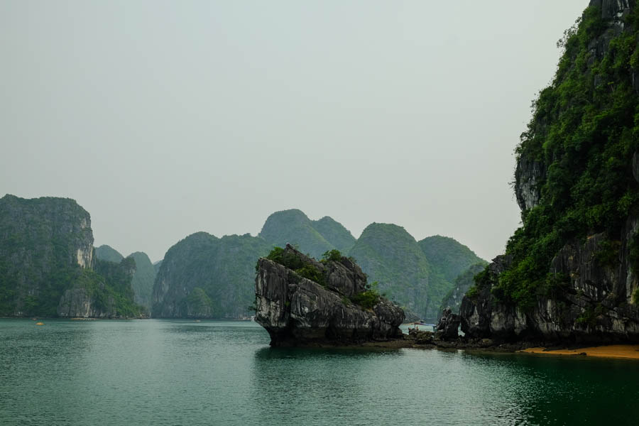 Baie de Lan Ha au Vietnam.