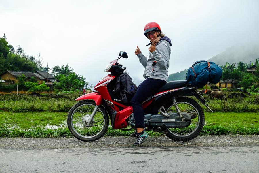 Road trip en moto dans le nord du Vietnam sur le plateau de Dong Van. Meo Vac.