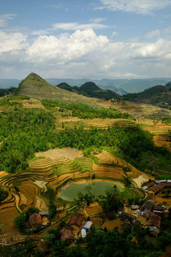 Petit village près de la frontière sino-vietnamienne, Lung Cu.