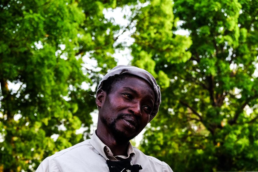 Portrait de Yacouba pris dans les rues de Bobo Dioulasso.