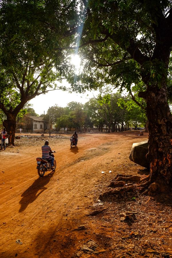 Une rue de Bobo Dioulasso, au Burkina Faso.