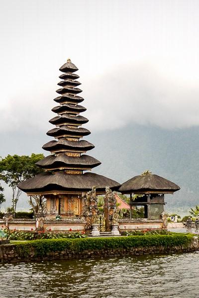 Temple d'Ulun Danu à Bali.