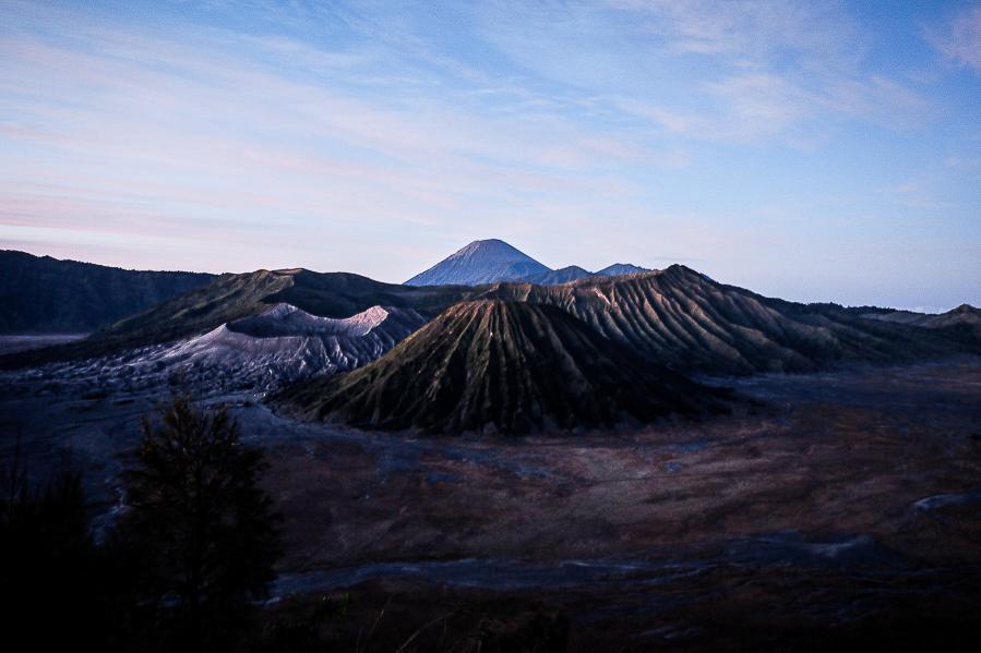Lever de soleil sur le mont Bromo, Java, Indonésie.