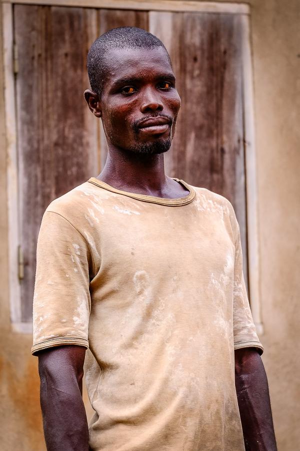 Portrait d'un homme près de Kpalime, au Togo.