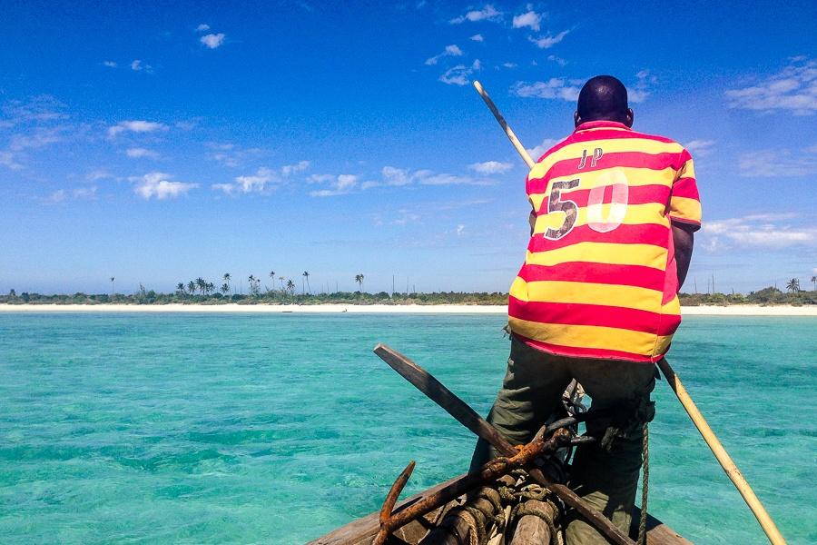 Arrivée dans le lagon de Matemo, archipel des Quirimbas, Mozambique.