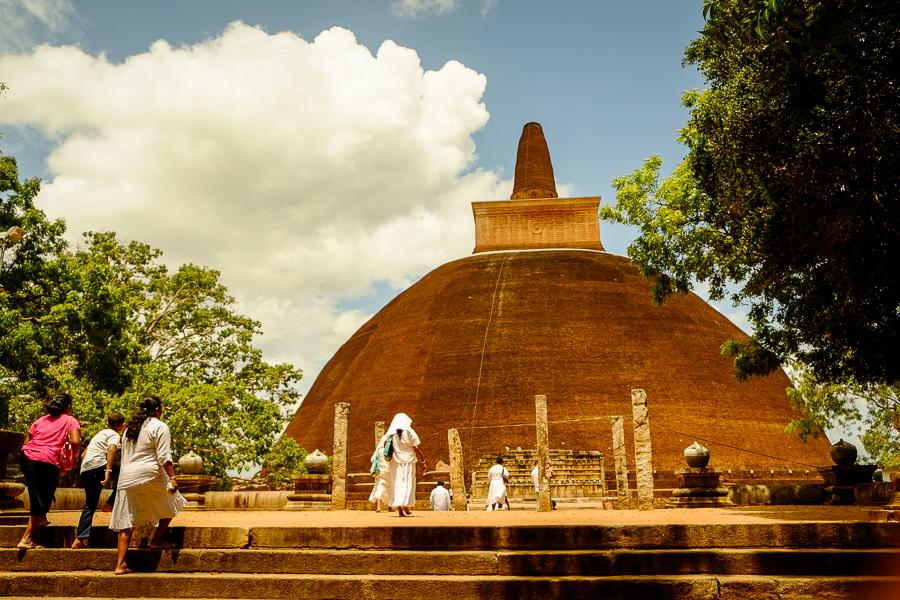 Dagoba d'Anuradhapura au Sri Lanka.