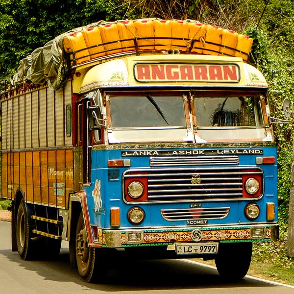 Camion décoré au Sri Lanka.