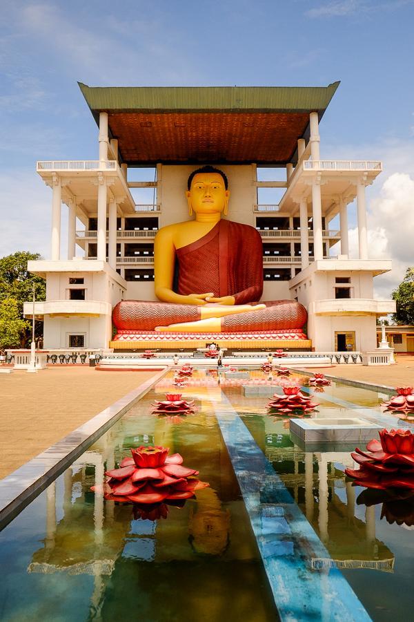 Temple bouddhiste au Sri Lanka.