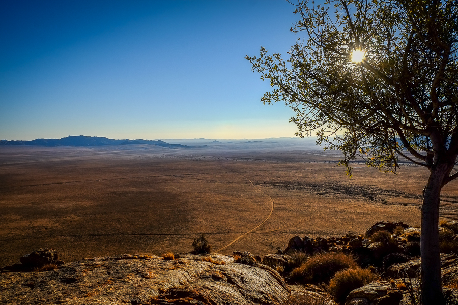 Le désert du Karas en Namibie vu depuis Aus.